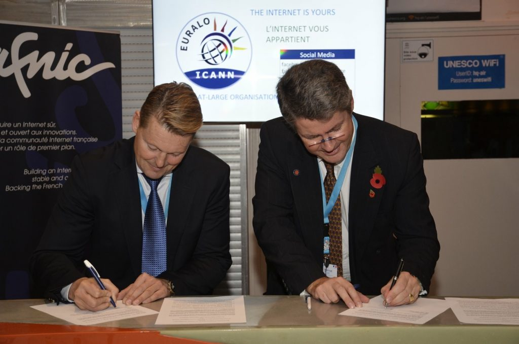 EURALO and CENTR Sign MoU at IGF 2018